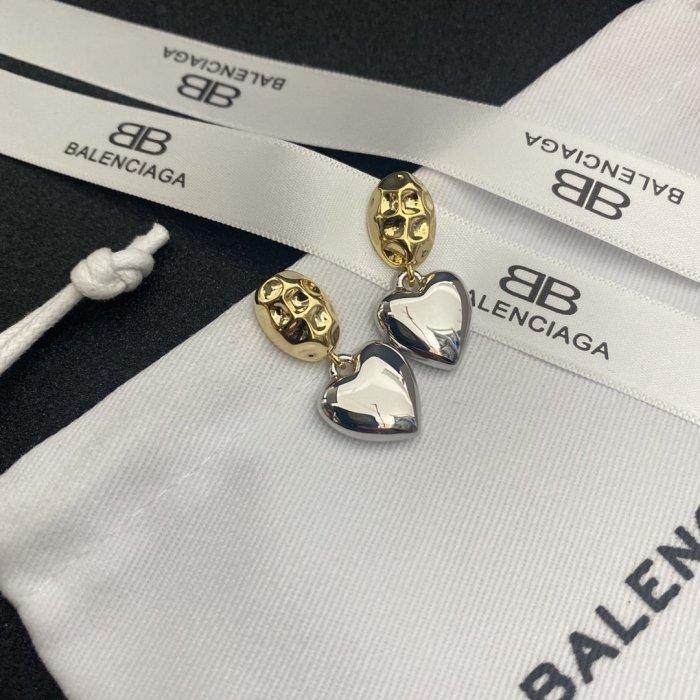 Retro simple love earrings