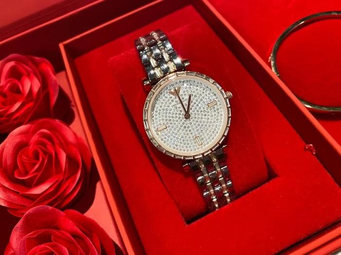 Rose Flower Set Gift Box Gypsophila Watch