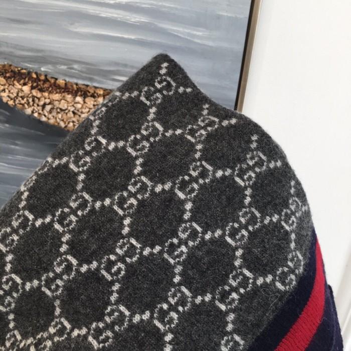 Classic Cashmere Jacquard Stitch Scarf