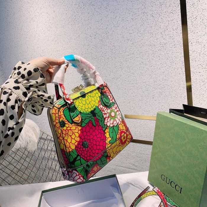 Artist Ken Scott Print Series Bag