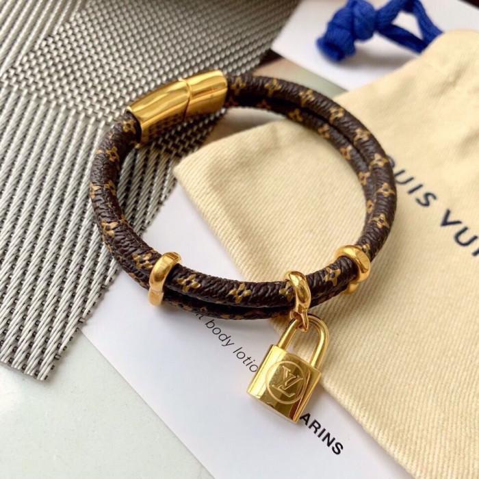 Double ring lock scalp bracelet