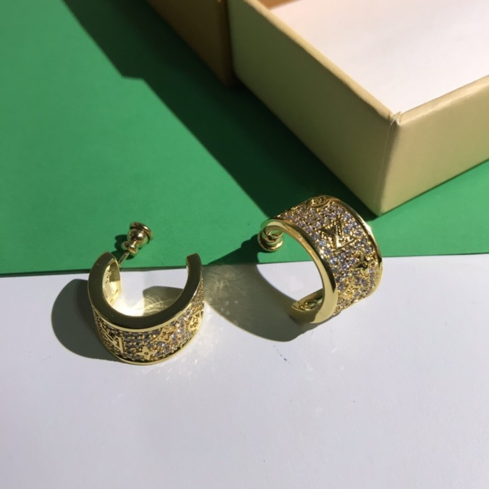 Fashion Diamond Half-curved Earrings