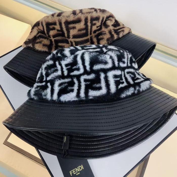 Classic Plush Leather Stitching Bucket Hat