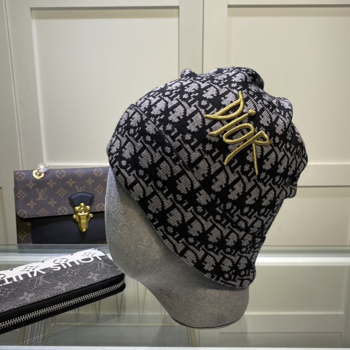 Embroidered Cashmere Knitted Hat