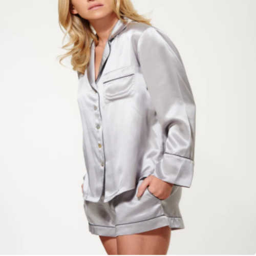 Short pajamas suit