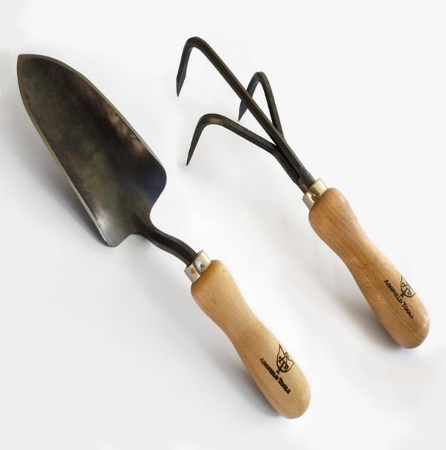 Cultivator and shovel