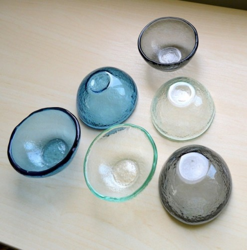 Small bowl of molten glass