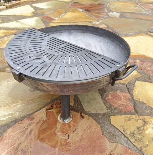 Heavy duty half moon grill