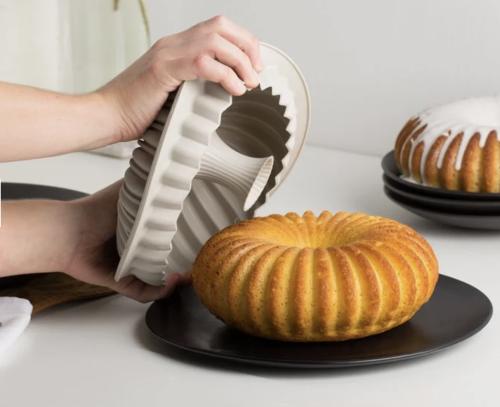Artistic Silicone Cake Baking Mold