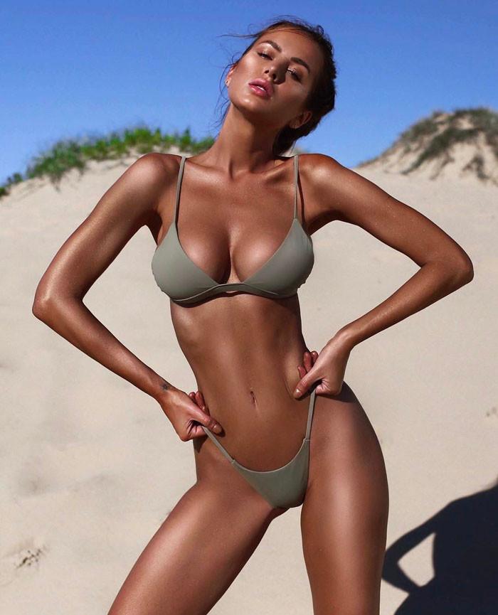 Sexy Solid Color Low Waist Bikini Set LE4294