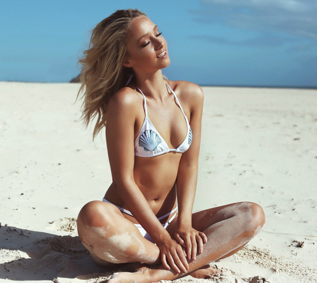 Print Shell Halter Sliding Triangular Bikini LE4259