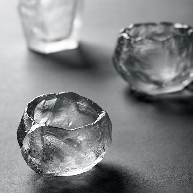 Chinese Handmade Traditional Transparent Liuli Ice-stone Teacup